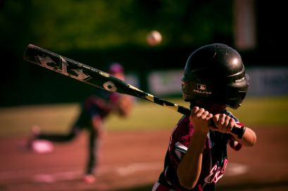 eduardo-balderas-UVxd5b-_tw8-unsplash baseball batter
